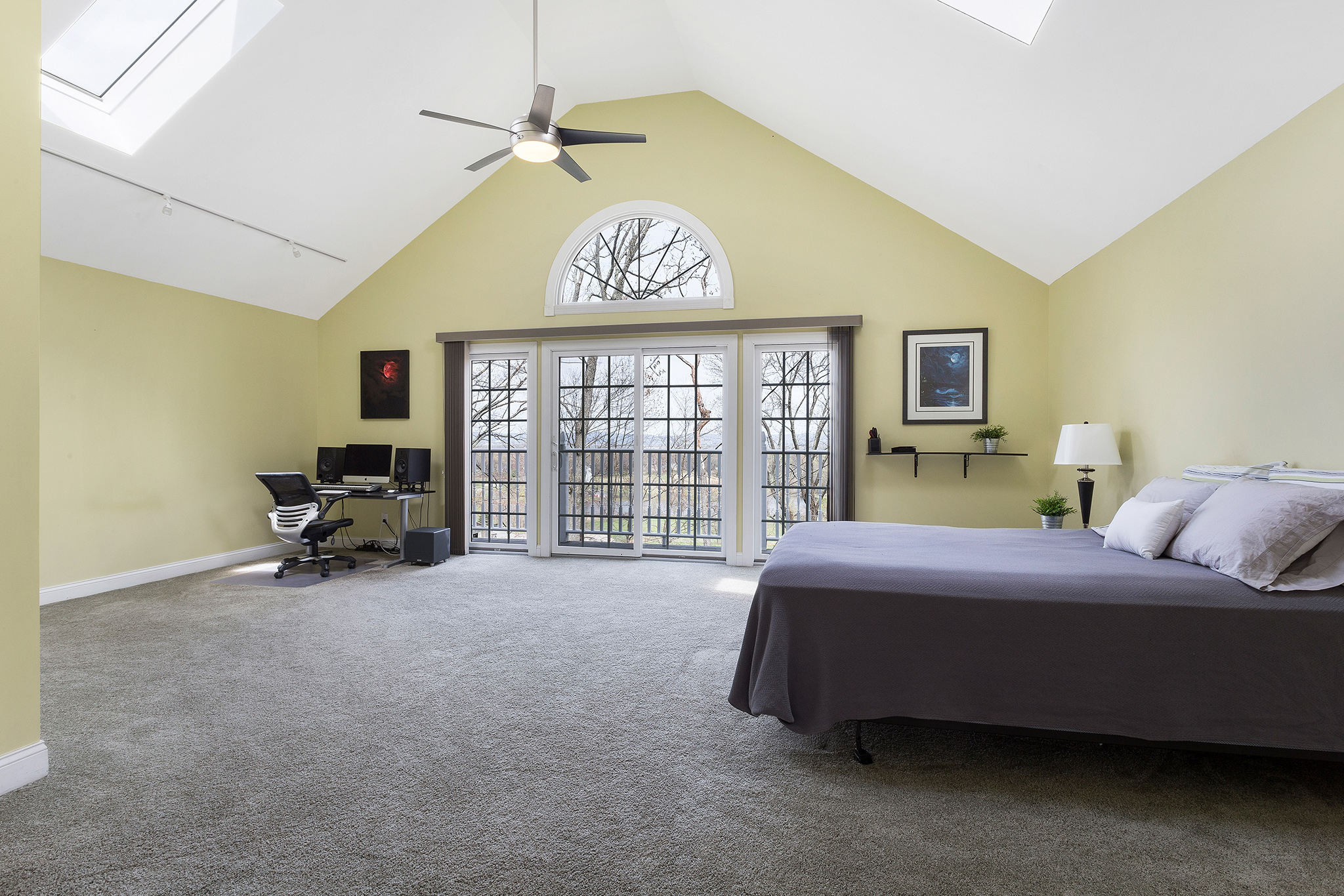 17 32 Spring Hill Rd, Franklin Township — Upstairs Bedroom