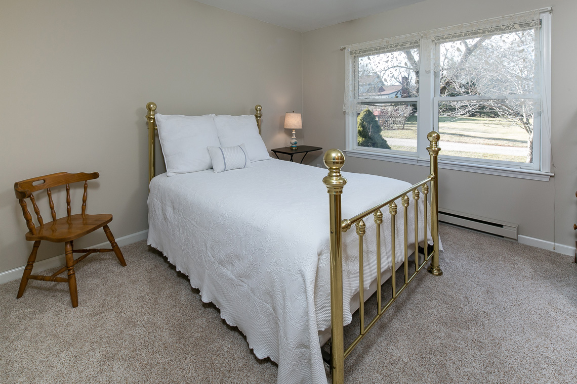 27 402 Route 523 Whitehouse Station Readington Township — guest cottage Master Bedroom