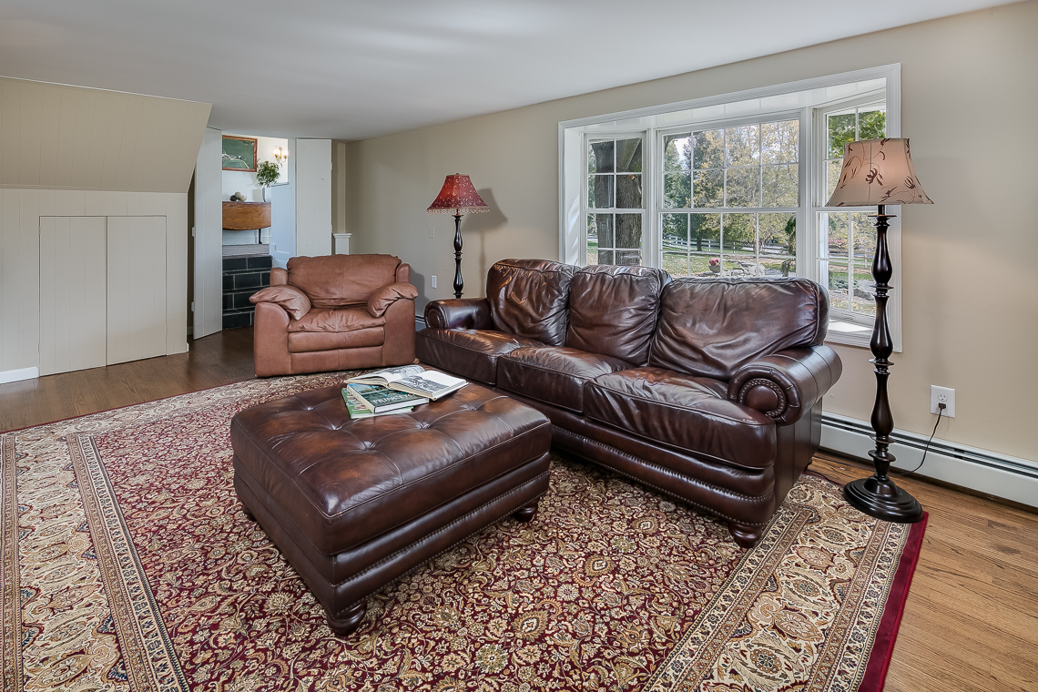 17a 47A Fairmount Road Tewksbury Towship — in law suite living dining room 2