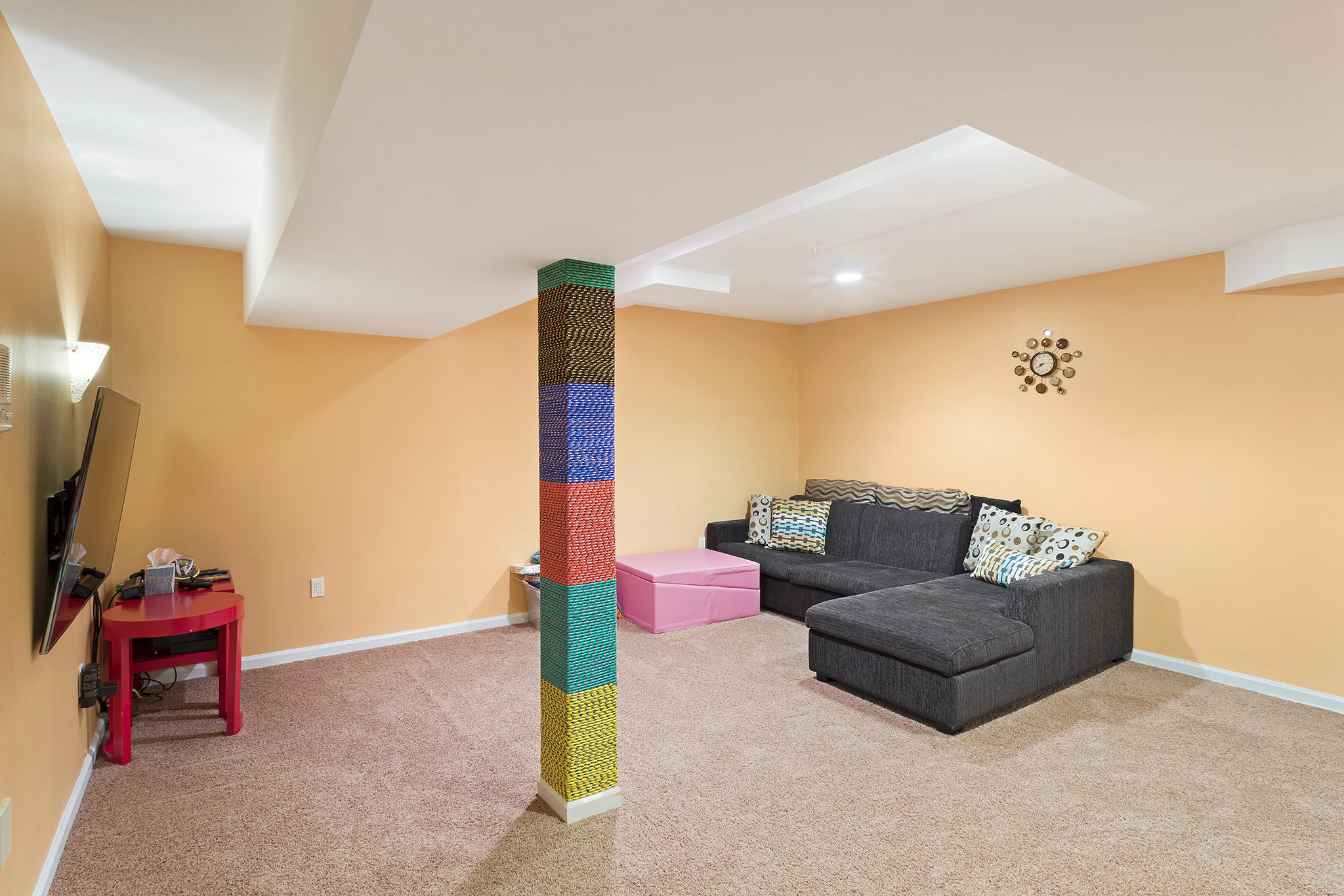 18 53 Westgate Drive Clinton Township — finished basement rec room