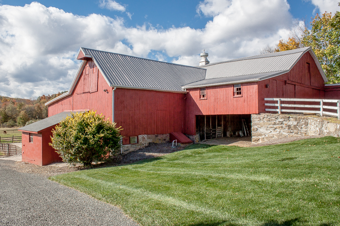 23 47A Fairmount Road Tewksbury Towship — dairy barn showing lower storage area 2