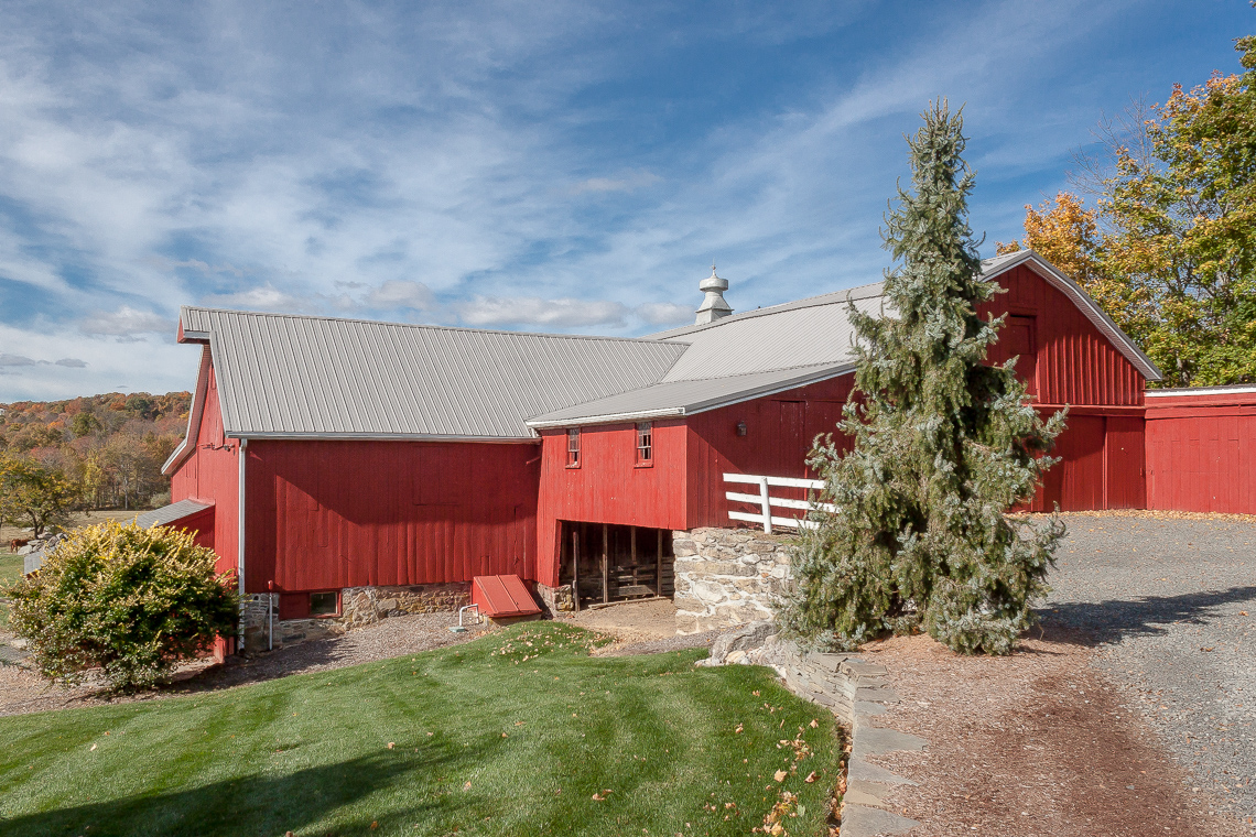 23c 47A Fairmount Road Tewksbury Towship — dairy barn showing lower storage area
