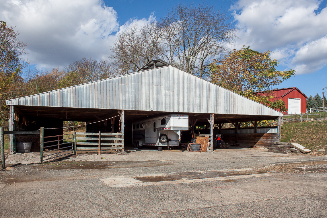 24c 47A Fairmount Road Tewksbury Towship — covered storage barn