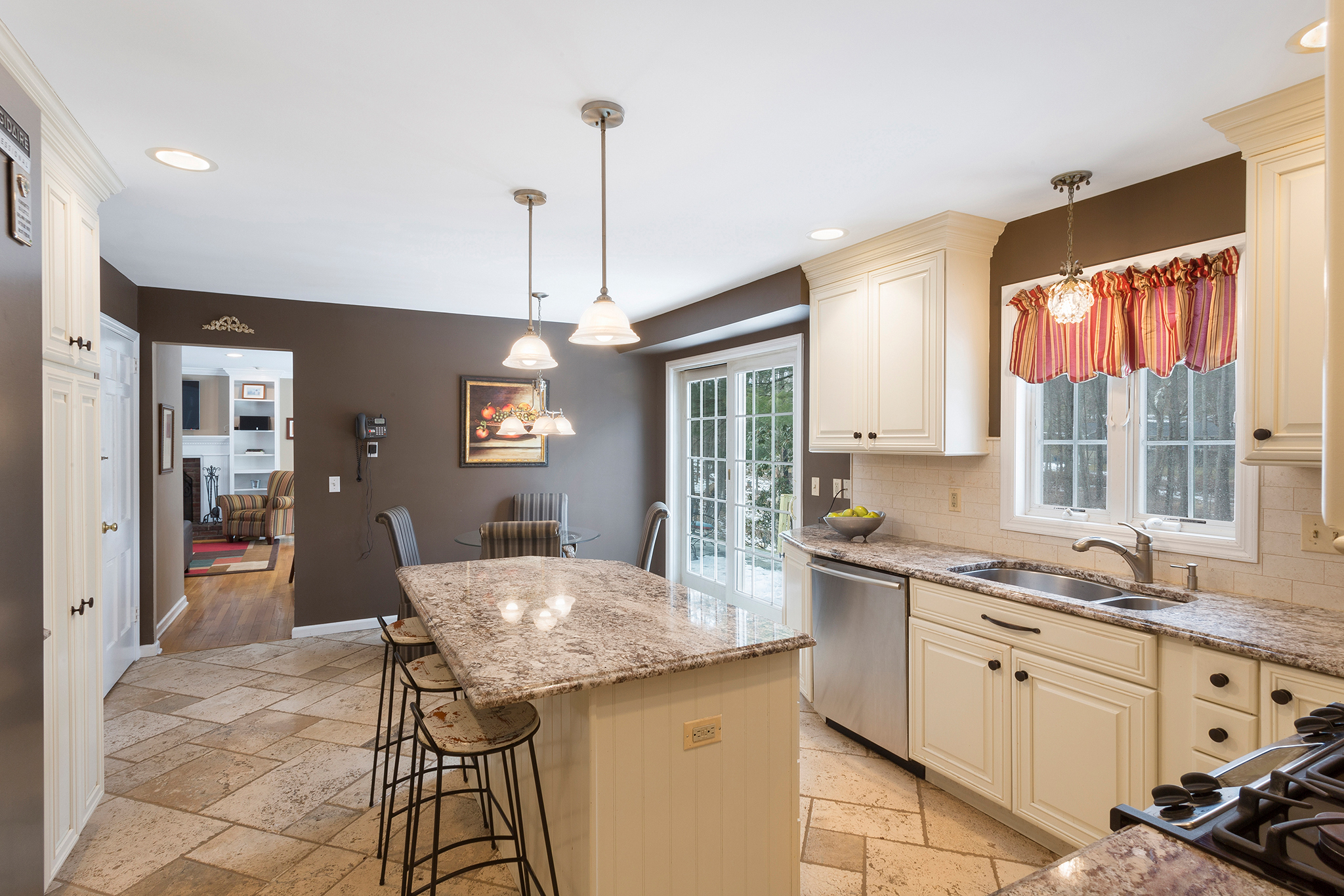07 14 Keats Road Tewksbury Township — Kitchen 2