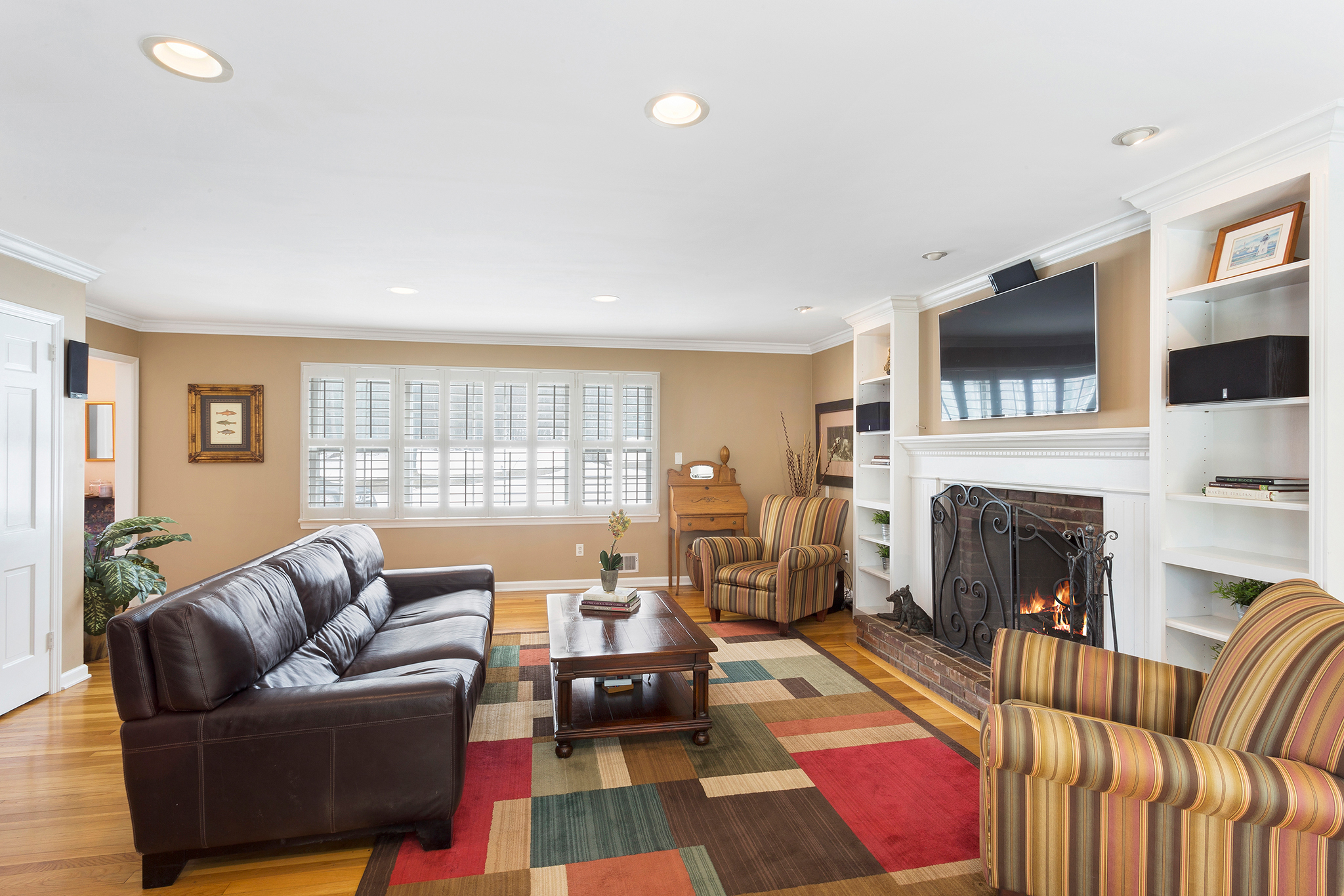 10 14 Keats Road Tewksbury Township — Family Room