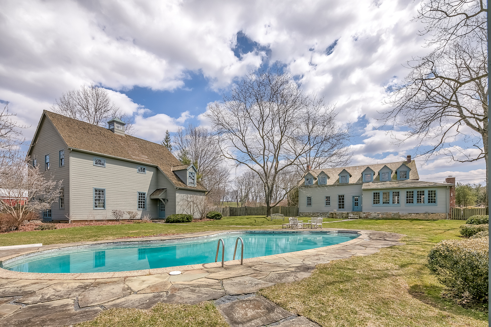 24 422 West Mill Road Washington Township — view from pool