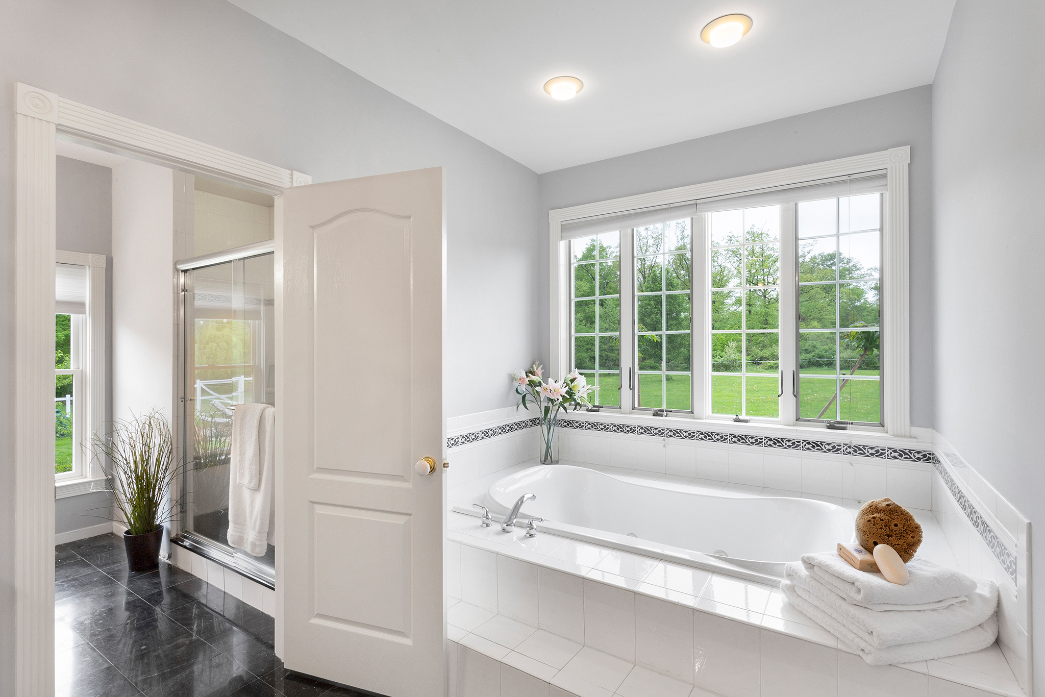 13 98 Fairmount Road West Tewksbury Township — master bath 2