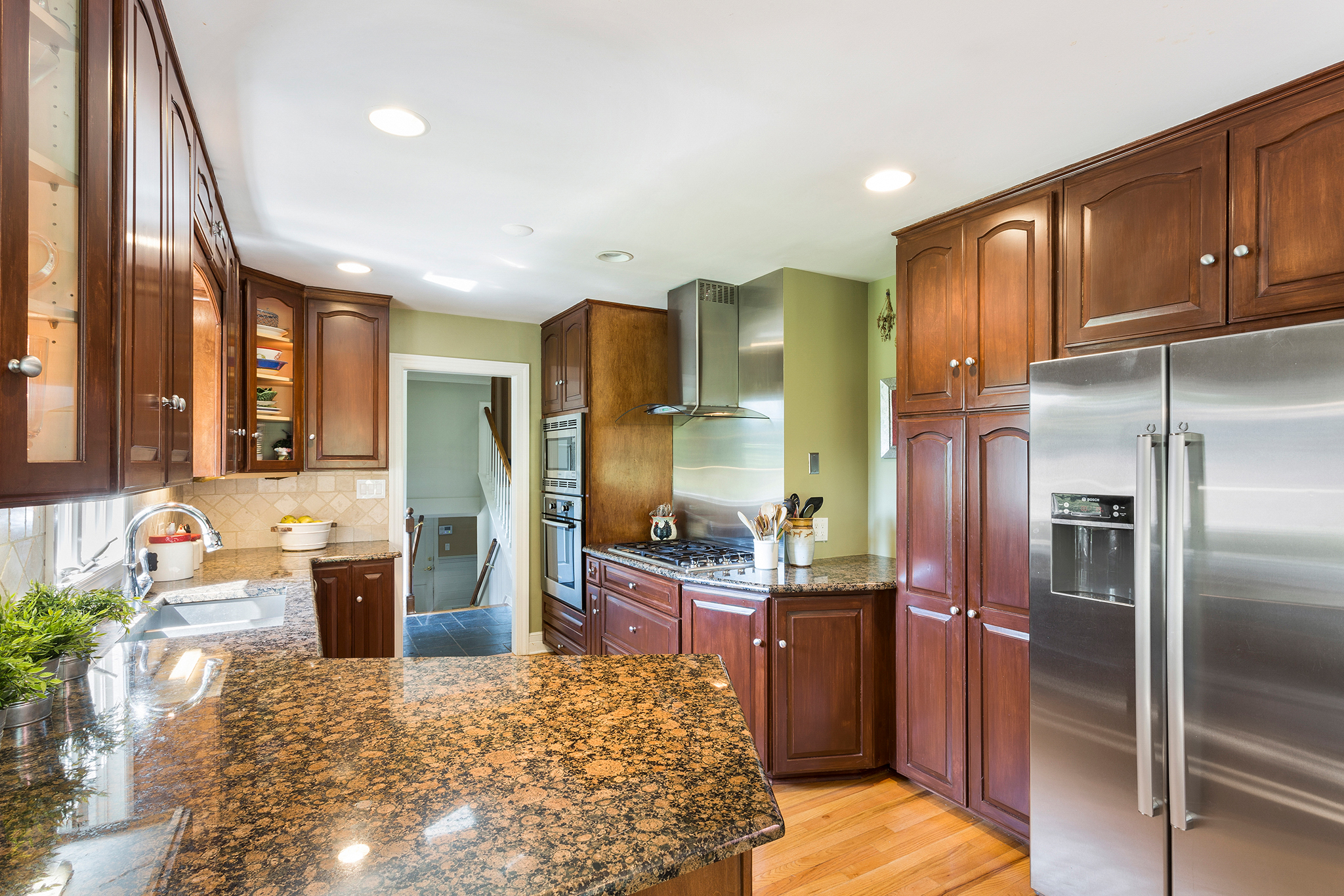 04 7 Scarlet Oak Road Tewksury Township — Kitchen 2