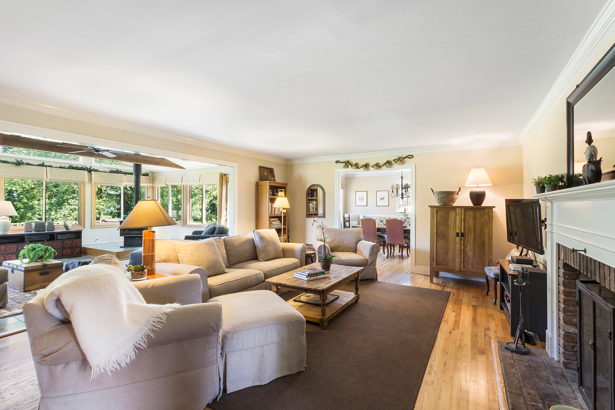 07A 7 Scarlet Oak Road Tewksury Township — Family Room 2