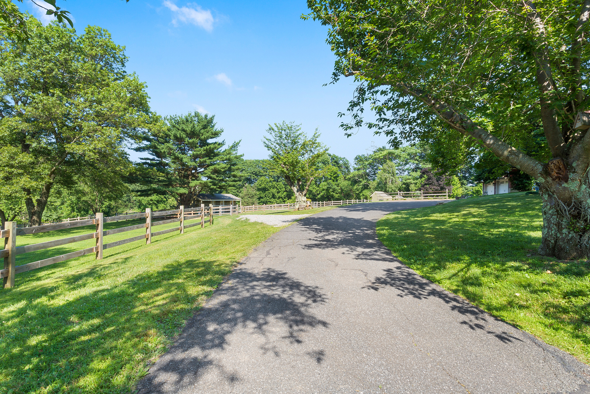 18 7 Scarlet Oak Road Tewksury Township — View of driveway