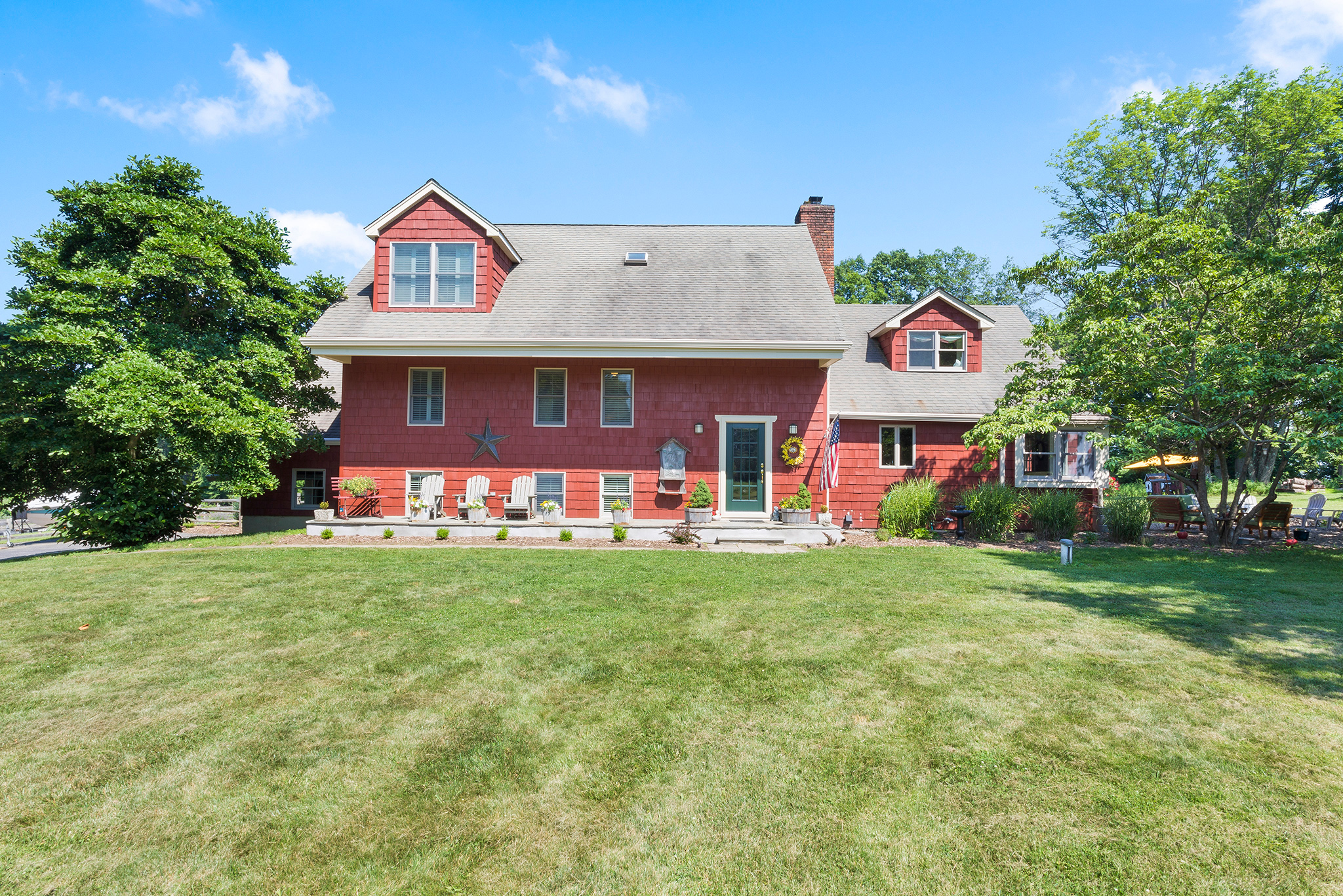 20 7 Scarlet Oak Road Tewksury Township — Front View 2