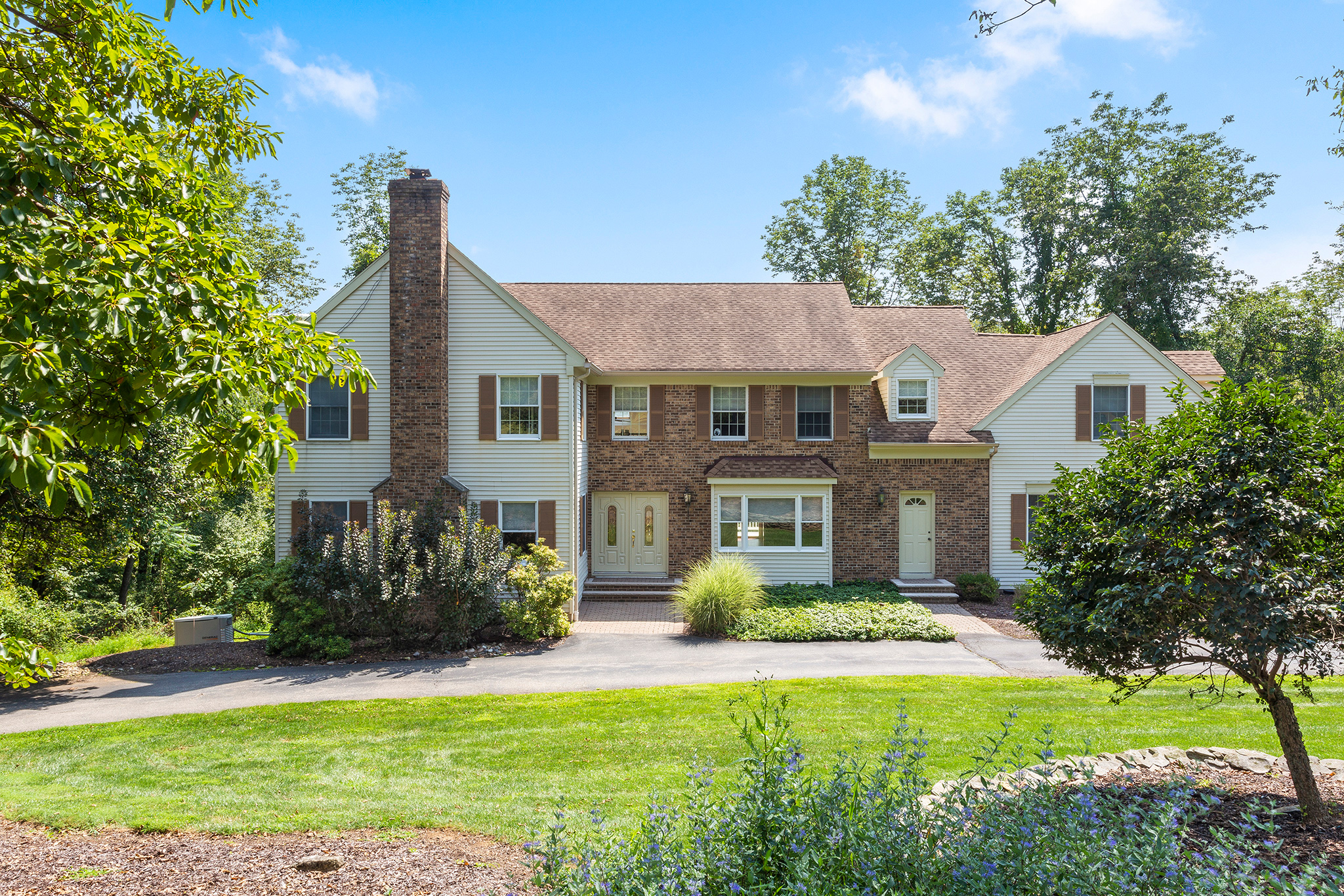 22 13 Bridge Hollow Road Tewksbury Township — front view 2