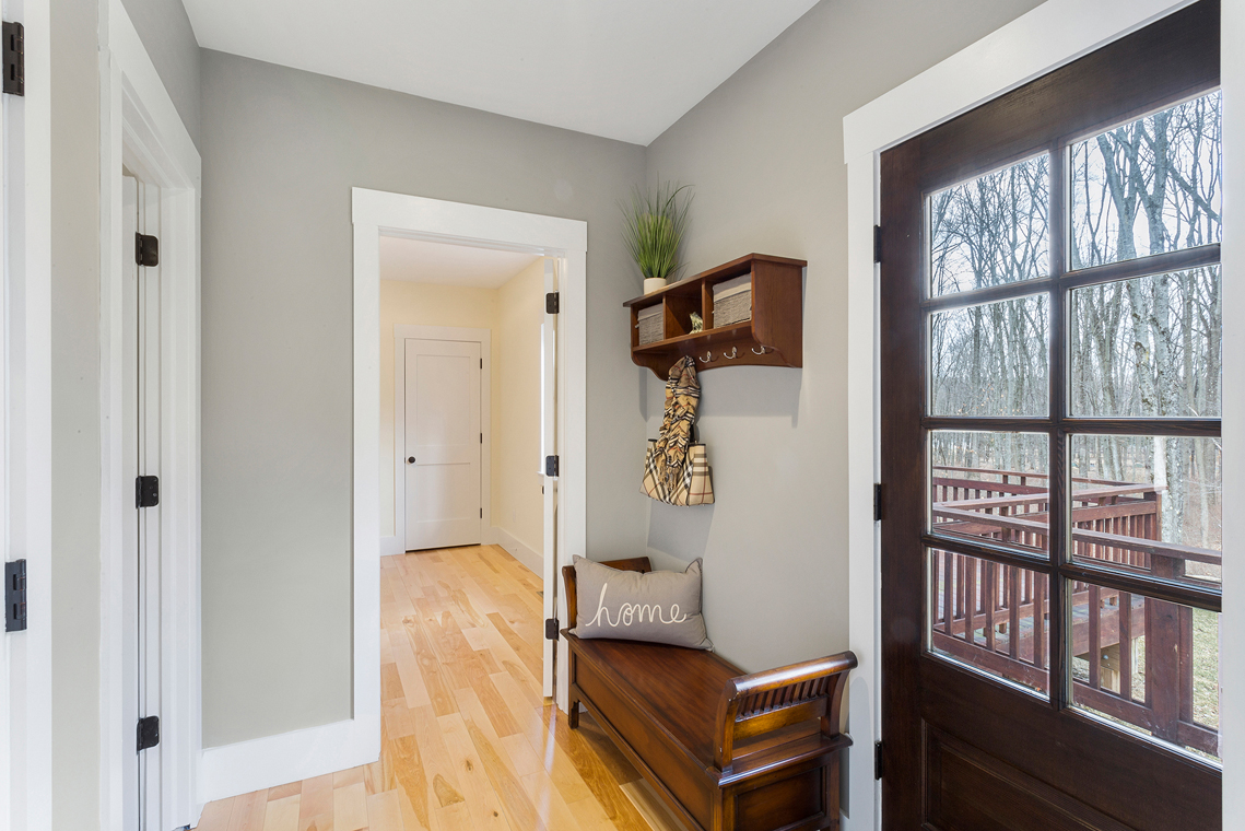 06 15 Guinea Hollow Road Tewksbury Township — hallway to 4th bedroom