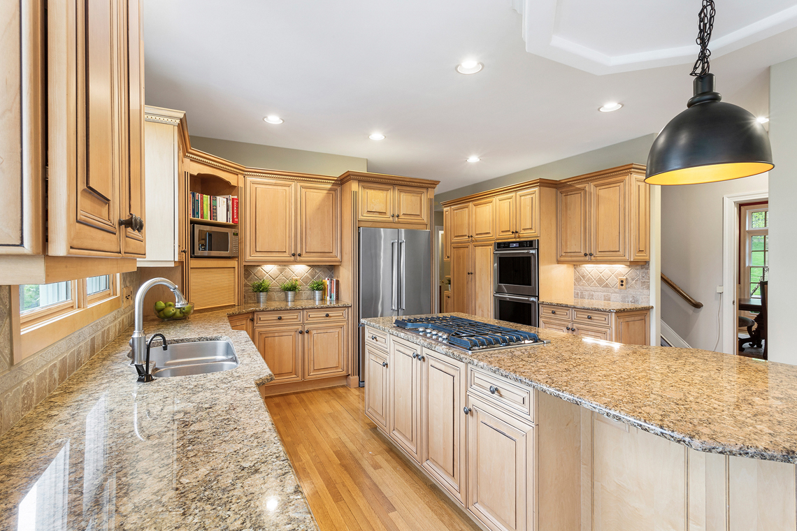 07a 30 Homestead Road Tewksbury Township — cooking area with back staircase