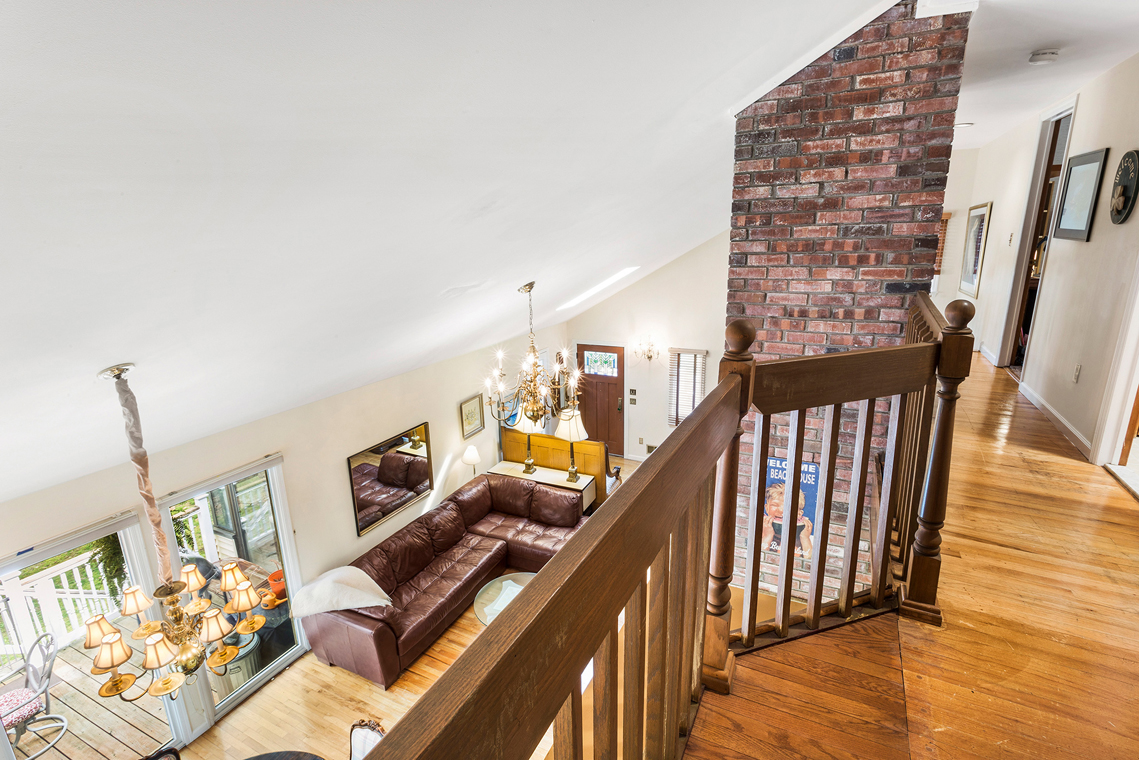 13 999 Walcott Dr Basking Ridge — Loft View