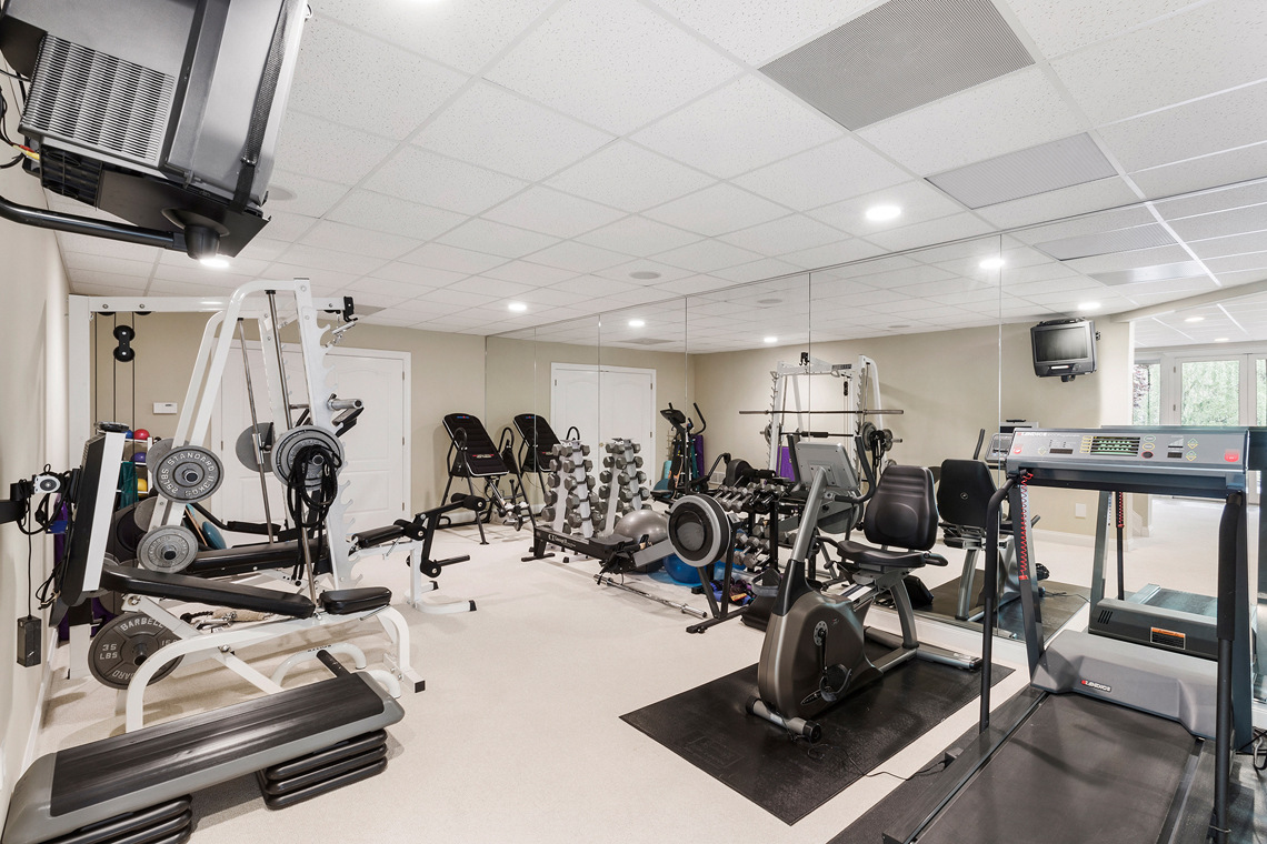 23 30 Homestead Road Tewksbury Township — workout room