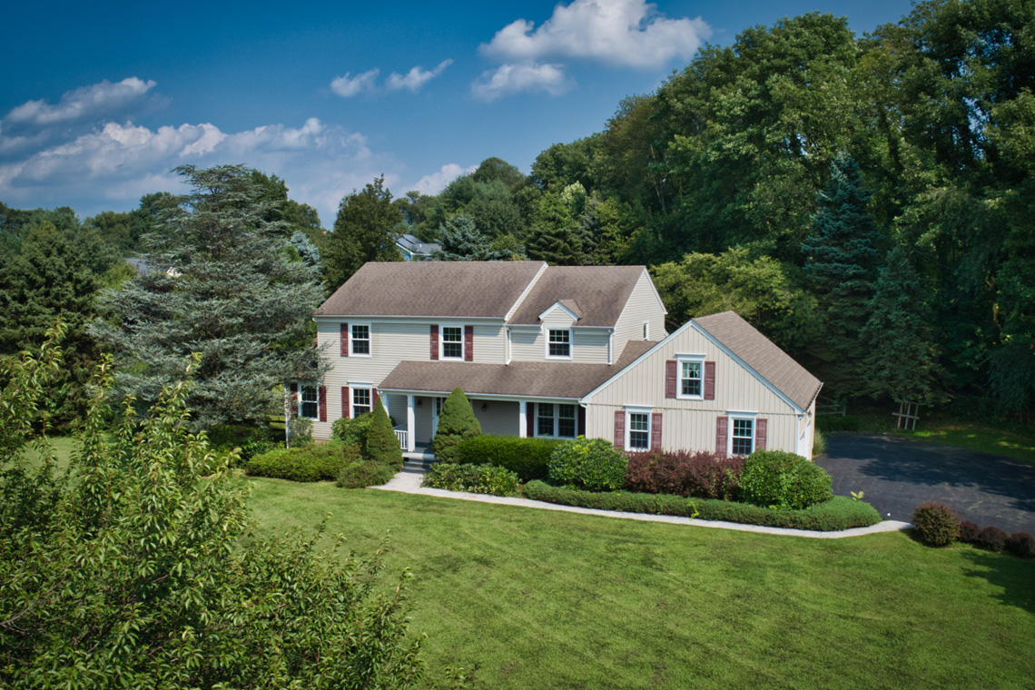 01 10 Salters Farm Road Tewksbury Township — front of home
