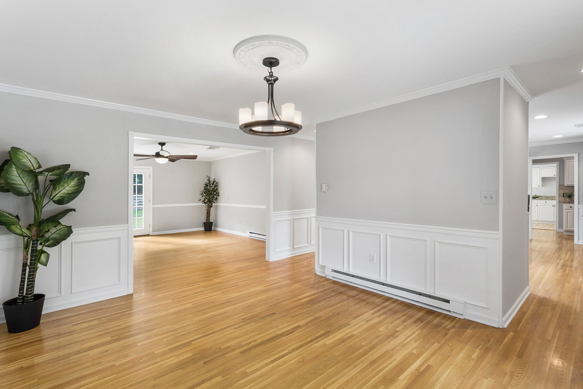 06 11 Sutton Road Tewksbury Township — Dining Room